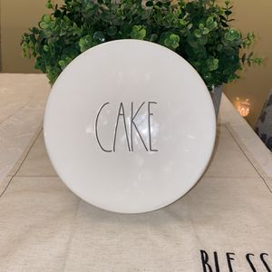 Rae Dunn CAKE For Stand for Sale in Downey, CA