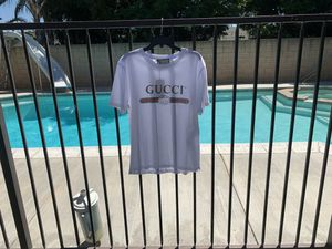Gucci t shirt size large brand new for Sale in Chino, CA