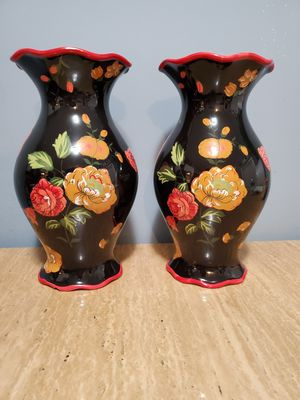 "PAIR OF BLACK PORCELAIN WITH RED FLORAL PAINT RED RIM FLOWER VASE 6"" TALL for Sale in Salem, OR"