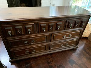 Bedroom set - Dresser, Nighstand for Sale in Los Angeles, CA