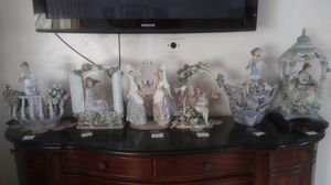 Rare porcelain Lot of 6 spanish lladro. retired. for Sale in Huntington Park, CA