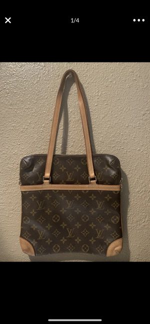 100 % AUTHENTIC LOUIS VUITTON SAC COUSSIN MONOGRAM GM BIG SIZE PURSE SHOULDER HAND BAG TOTE $500 obo PRECIO NEGOCIABLE NO TRADES for Sale in Tustin, CA
