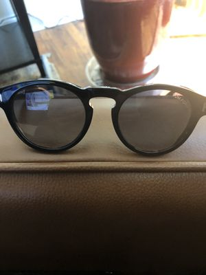 TOM FORD AUTHENTIC SUNGLASSES for Sale in Palm Springs, CA