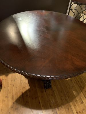 Wood and metal dinning table with five chairs! for Sale in Fremont, CA