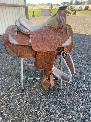 Champion show saddle for Sale in US