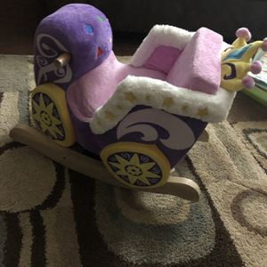 Princess Rocking Chair for Sale in Alpharetta, GA