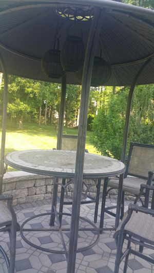 Outdoor furniture. Tiki bar style table and four chairs for Sale in Monroe Township, NJ