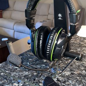 Turtle Beach Xbox one Headset for Sale in Alexandria, VA