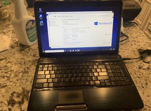 Toshiba AMD A8 8gb for Sale in Peoria, AZ