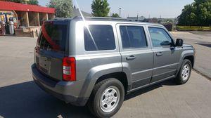 Jeep patriot baratísimo debido a una emergencia economica MENOS DE 48000 Millas! for Sale in Aurora, CO