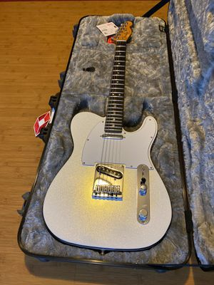 Fender Telecaster American ultra for Sale in San Pedro, CA