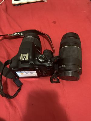 Canon T6 Rebel EOS bundle w. 18-55mm & 75-300mm lenses for Sale in Queens, NY