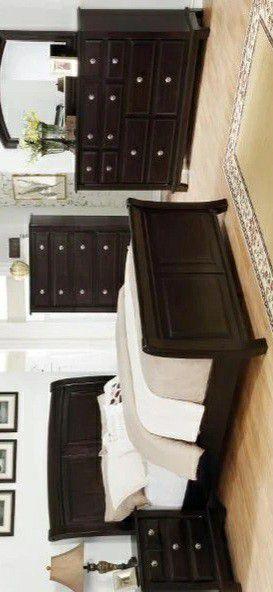 🍃the price is nice🍃Kenton Dark Brown Sleigh Bedroom Set for Sale in Jessup, MD