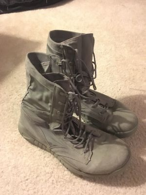 Nike Combat Boots for Sale in Tampa, FL