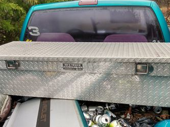 Stainless Steel Truck Tool Box for Sale in Lowndesboro,  AL