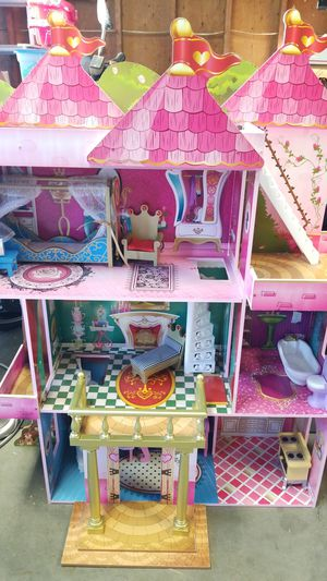 Doll house for Sale in Hillsboro, OR