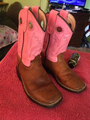 Little girls boots size 9 for Sale in Amarillo, TX