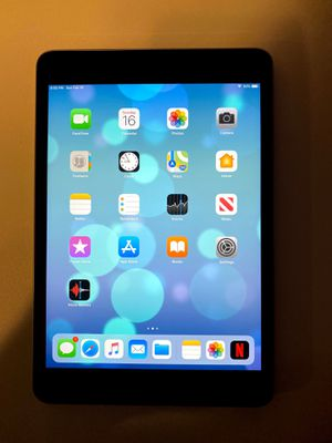Ipad mini 2 32gb for Sale in Bakersfield, CA