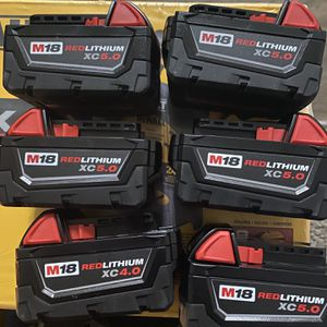 Milwaukee M18 Battery Bundle 6-Pack Firm on price!! (5) Xc5.0 & (1) Xc4.0 Everything $290.00 New!! for Sale in San Diego, CA