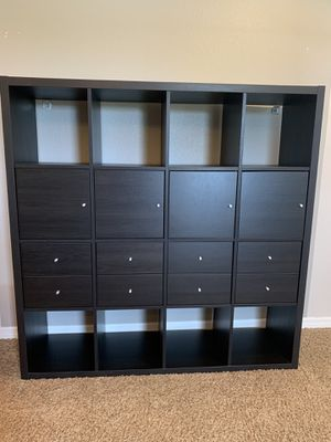 IKEA Kallax unit for Sale in Orlando, FL