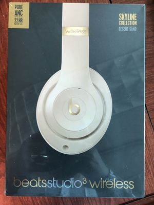 Beats studio 3 headphones new in sealed box for Sale in Carol Stream, IL