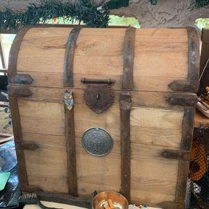 Wine Bottle Holder Chest Vintage Wood Metal Emblem Is From A Singer A Add On for Sale in Las Vegas, NV