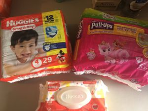 Diapers, wipes, shampoo conditioner, detergent and much more!!! for Sale in Lehigh Acres, FL