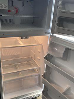Refrigerador for Sale in Long Beach,  CA