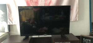 Toshiba 32 inch LED TV for Sale in Los Angeles, CA