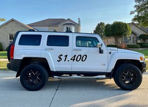 👑📗$14OO URGENT I sell my family car 2009 Hummer H3 📗Runs and drives great. for Sale in Richmond, VA