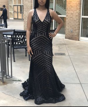 Size 8 Like New dress (Prom or Evening) for Sale in Ellenwood, GA
