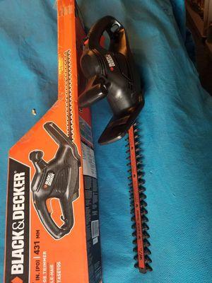 """Black & Decker 17"""" Hedge Trimmer for Sale in Franklin Township, NJ"""