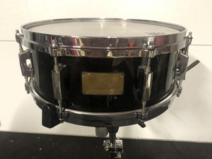 "🔥🔥 Pearl 14 x 5.5"" Custom Classic One Piece Maple Shell Snare Drum for Sale in Hawaiian Gardens, CA"