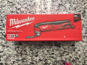 Milwaukee M12 2426-20 12V Cordless Multi-Tool Bare Tool Only New #16188-3 for Sale in Revere, MA