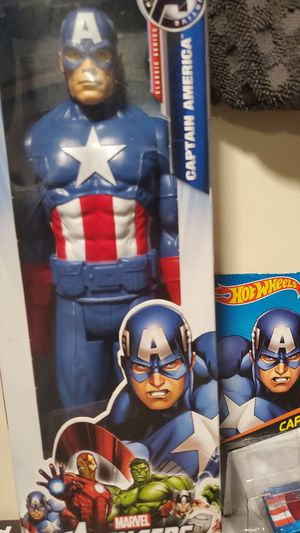 Captain America figurine for Sale in Long Beach, CA