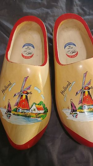 🇳🇱 wooden shoes for Sale in Bristol, VA