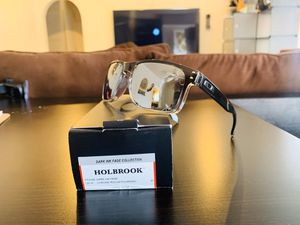 NEW Polarized Oakley Holbrook With Original Packaging for Sale in West Covina, CA