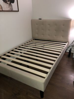 Full bed frame for Sale in Cicero, IL
