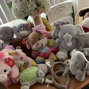 Peluches for Sale in Pomona, CA