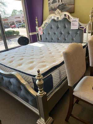 *NO CREDIT NEEDED* SILVER GREY VELVET QUEEN BEDROOM SET!!! EVERYTHING INCLUDED!!! EASY FINANCE!!!! for Sale in Raleigh, NC