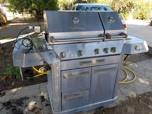 Bbq grill perfect flame for Sale in Perris, CA