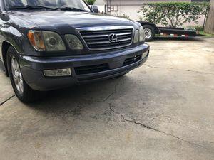 Lx470 front bumper for Sale in Orlando, FL