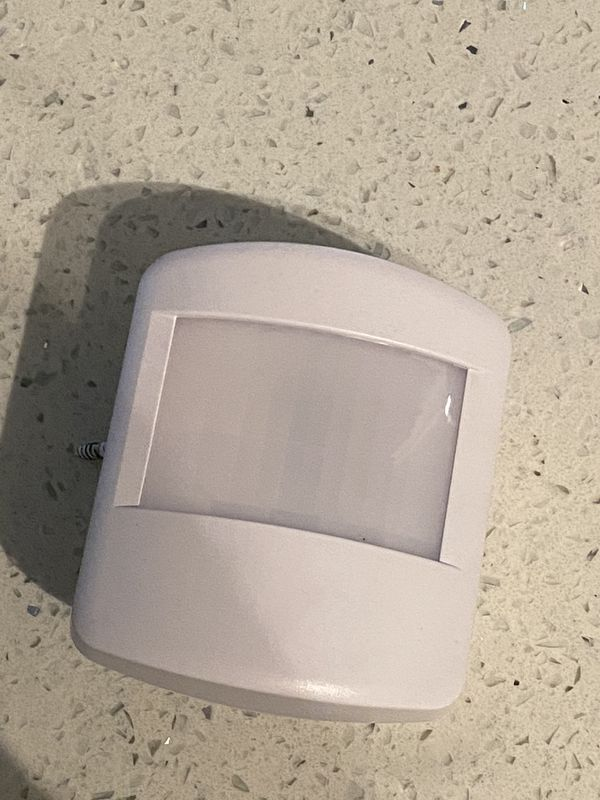 Vivint Smart Home Security System with add ons
