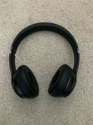 Wireless beats solo 3 for Sale in Mercer Island, WA