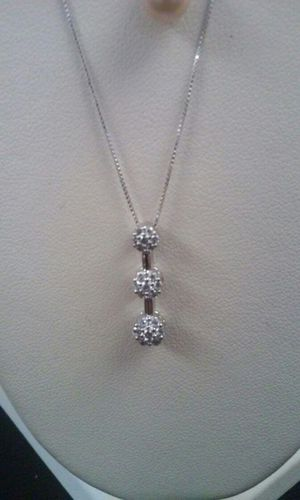 14Kt white gold chain with diamond pendant for Sale in Philadelphia, PA