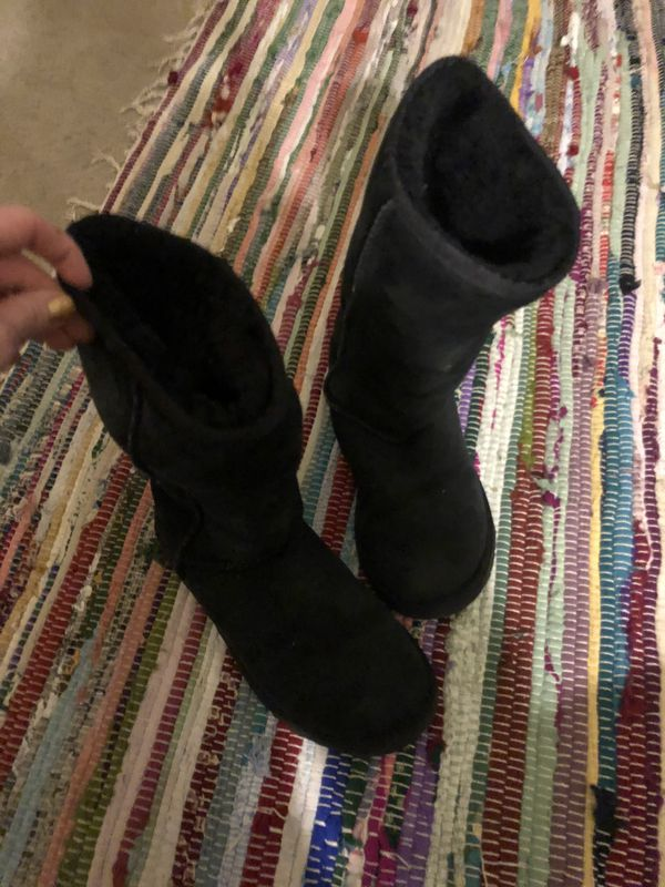 Black classic tall uggs size 6