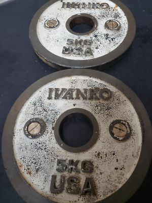 CALIBRATED IVANKO PLATES for Sale in Wesley Chapel, FL