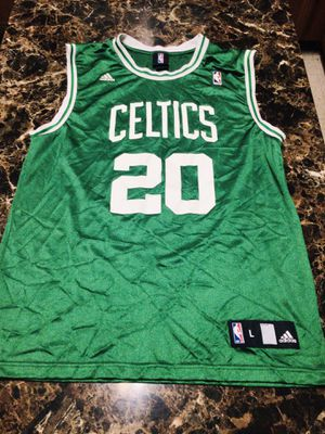 Ray Allen Adidas size Large for Sale in El Paso, TX