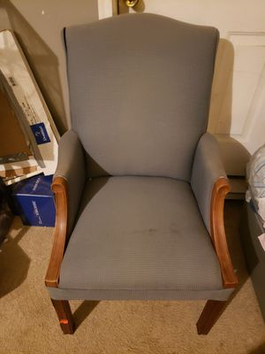 Really comfortable chair for Sale in Columbia, SC