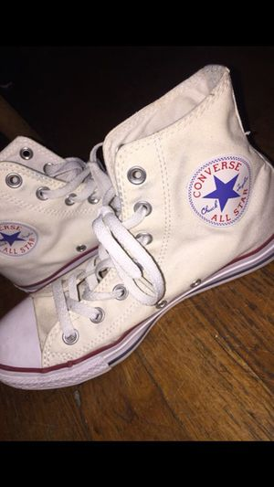 Women's converse for Sale in Bronx, NY